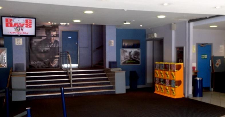 digital signage in cinema lobbies