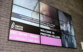 digital signage in education